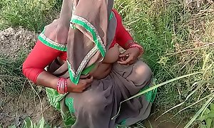 Indian Village Bhabhi Fucking Outdoor Sex In Hindi