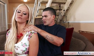 Very hot mamma holly heart receives large love bubbles screwed
