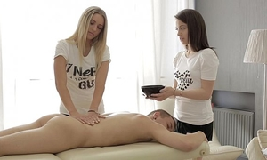 Four hand massage and anal - jessi gold, iza