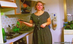 Housewife oral-sex from the 1950's!