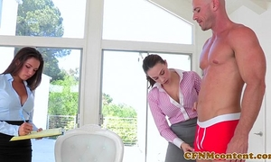 Cfnm hottie shae summers copulates in threeway