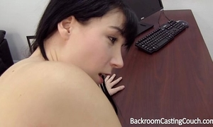 Young mommy assfuck and creampie casting