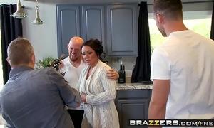Brazzers - mama got love melons - (ashton blake), (mike mancini) - pimp my mama