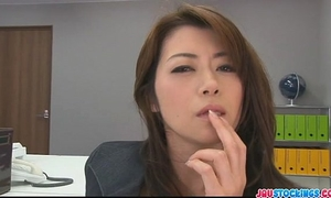 Hojo toying her twat during an office collision