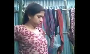 bhabhi majuscule blowjob~wid hindi a