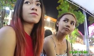 Super petite 18yo thai babe with bangkok bubble-butt gazoo rides tuktuk ft. song
