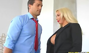 Realitykings - large love muffins boss - hyped and excited
